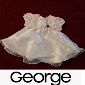 4/$10 size 0-3M Baby girls Lace chiffon pink dress